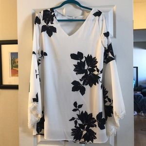 Dresses & Skirts - Floral Dress - Bell sleeve and back cutout